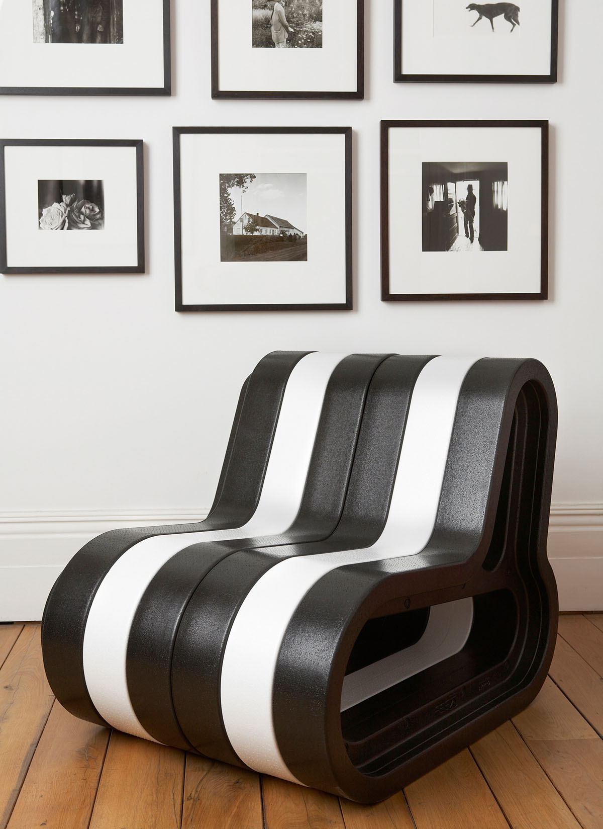 black and white furniture sofa modular seating customizable movisi Q COUCH
